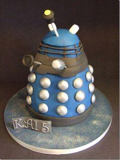 Dalek cake...HAHAHA!