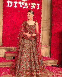 Mahira Khan for Divani Pakistan