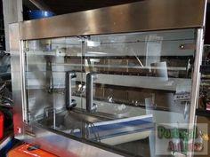 Restauração Assador rotativo de frangos a gas de 2 espetos ( aproximadamente 12 frangos ) valor negociável.  Telf 968442206