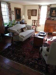 Valuable shared country home decor rustic Recommended Site Country Kitchen Flooring, Country Dining Rooms, Country Furniture, Country Decor, Wood Furniture, Colonial Furniture, Primitive Homes, Country Primitive, Primitive Decor