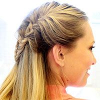 Braid Hairstyles: Twisted Sisters Learn how to copy these easy, beautiful braids via Women's Health New Braided Hairstyles, Braided Hairstyles Tutorials, Summer Hairstyles, Pretty Hairstyles, Hair Tutorials, Homecoming Hairstyles, Hairdos, Video Tutorials, Updos