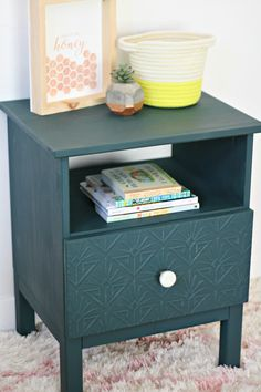 DIY Faux Embossed Nightstand + Bonus Sign Tutorial - The Pretty Life Girls Ikea Malm, Tarva Ikea, Diy Furniture Hacks, Furniture Makeover, Furniture Ads, Cheap Furniture, Modern Furniture, Furniture Design, Affordable Furniture