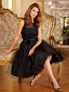 M&Co - Shop online and get the latest looks for women, men, kids and the home plus free delivery when you spend or more M&CO 1950s Women, Prom Dresses, Formal Dresses, Every Girl, Crossdressers, Looking For Women, Pretty Dresses, Pin Up, Gowns