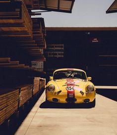 Motorcycle Wheels, Car Wheels, Porsche 356 Outlaw, Porsche 911, Car Throttle, Auto Retro, Automotive Photography, Pontiac Firebird, Diy Car