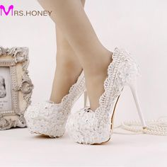 52.79$  Buy now - http://alimuh.worldwells.pw/go.php?t=32669431215 - 2016 New Arrival White Lace Chiffon Bridal Shoes Platform Ultra High Heel Wedding Shoes Beautiful Satin Flower Bridesmaid Shoes 52.79$