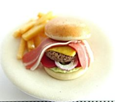 Hey, I found this really awesome Etsy listing at https://www.etsy.com/jp/listing/58840143/miniature-dish-hamburger-with-fried-meat