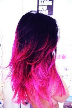 Hot Pink Ombre Dip Dye Hair Chalk. I wish I could do this, but I just don't think it's gonna look right on me. That hot pink is to die for!