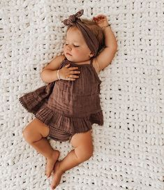 Kenzie Lunt (@kenzie_shayne) • Foto e video di Instagram Girls Summer Outfits, Toddler Outfits, Girl Outfits, Summer Clothes, Hipster Baby Clothes, Cute Baby Clothes, Baby Girl Fashion, Kids Fashion, Kids Clothes Boys