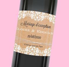 Étiquette de bouteille mariage vintage décorée avec une jolie dentelle blanche réf.N300558