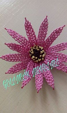 This Pin was discovered by Bah Thread Art, Needle And Thread, Crochet Flowers, Fabric Flowers, Diy And Crafts, Arts And Crafts, Fabric Flower Tutorial, Needle Lace, Lace Making