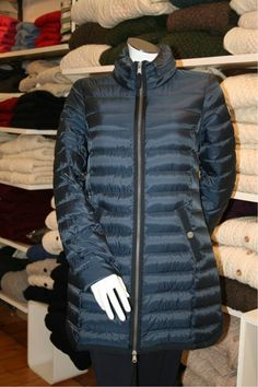 On a promotional offer. Beaumont of Amsterdam Down Duvet Coat - High quality duvet coat and very warm. Ideal for winter. Beaumont Amsterdam, Spring Jackets, Winter Jackets, Ireland Clothing, Irish Fashion, Summer Jacket, Winter Collection, Jacket Dress, Winter Coat