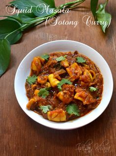 Delicious, spicy Squid Masala Curry or Sotong Curry in Andhra Style … Calamari Recipes, Squid Recipes, Fish Recipes, Seafood Recipes, Seafood Curry Recipe, Curry Recipes, Vegetarian Recipes, Cooking Recipes, Easy Indian Recipes
