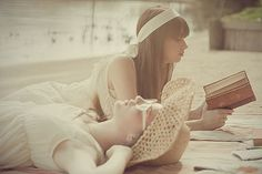books + sun = happy heart