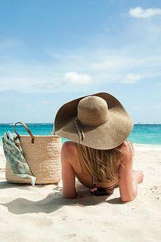 ¿Te vas de vacaciones? Te damos los mejores Tips para escoger tu sombrero de playa!