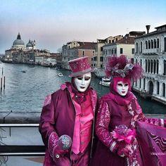 #Carnevale in Italy - both beautiful & kinda creepy...