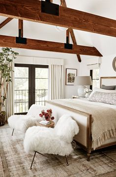 You're Going to Want to Steal Every Idea in Julianne Hough's Insanely Cozy Home