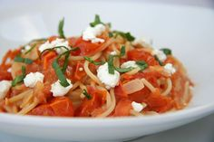 A Match Made in Heaven: Tomato Goat Cheese Pasta