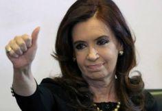 """CRISTINA: """"PODRAN METERME PRESA PERO NO VAN A TAPAR QUE DISTRIBUYE POBREZA""""   """"Tal vez podrán con algunos o tal vez con todos. Conmigo no. No cuenten con ello"""" Río Gallegos. Abro mi computadora y accedo al portal de noticias de Infobae. Mi rostro aparece en primera plana bajo el título con letras catástrofe: Allanarán propiedades de una empresa de Cristina Kirchner en la bajada: Los operativos se realizarán en Río Gallegos El Calafate y El Chaltén como parte de la causa Los Sauces. Los…"""