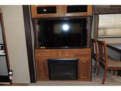 Check out this 2018 Prime Time TRACER 3130RKD listing in NEW BRAUNFELS, TX 78130 on RVtrader.com. It is a Travel Trailer and is for sale at $33899. Camping World Rv, Swivel Tv, Prime Time, Rvs For Sale, Best Tv, Exterior, Check, Travel, Viajes