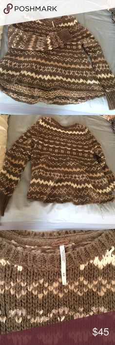 Free people taupe sweater NWT, never worn Free people taupe sweater. Great for the cold weather. Comment & offer :) Free People Sweaters Crew & Scoop Necks