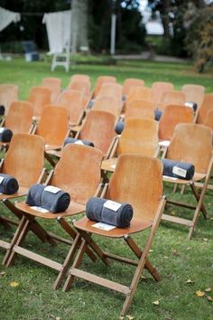 blankets on chairs as outdoor wedding favor ideas wedding winter 12 Ways to Send Blankets As Fall Wedding Favors - EmmaLovesWeddings Outdoor Wedding Favors, Creative Wedding Favors, Winter Wedding Favors, Inexpensive Wedding Favors, Elegant Wedding Favors, Edible Wedding Favors, Wedding Favors For Guests, Bridal Shower Favors, Outdoor Ceremony