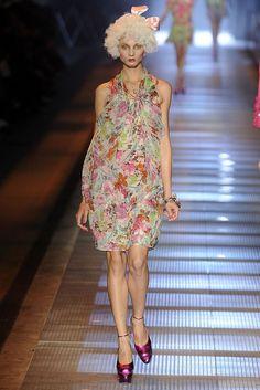 John Galliano Spring 2009 Ready-to-Wear Fashion Show - Anna Selezneva (SILENT)