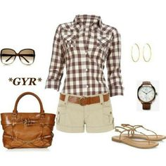 Dont usually like the plaid look, but i like this outfit for a nice autumn/ spring day Mode Chic, Mode Style, Style Me, Look Fashion, Fashion Outfits, Womens Fashion, Shorts Casual, Khaki Shorts, Mode Collage
