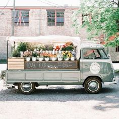 flower truck nashville is a perfect back drop after a nashville flower crown party for your bride tribe - nashville bachelorette party Flower Truck, Flower Cart, Flower Shop Design, Mobile Business, Most Beautiful Flowers, Beautiful Life, Lil Wayne, Spring Green, Amelie