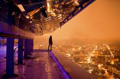 Aurelie Curie is a photographer passionate about extreme urbex, what has made in a short time her work is recognized. Inktober, Alaska, Vegas, Ipad Air Wallpaper, Ghost In The Machine, Skyline, E Photo, Wallpaper Gallery, Night City