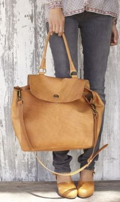 Big Leather Bags and you can not go wrong | Stylish Board