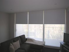 Fabulous Cool Ideas: Bedroom Blinds House roller blinds outside recess.Diy Blinds Blackout how to install bamboo blinds.Blinds And Curtains Track. Patio Blinds, Diy Blinds, Outdoor Blinds, Bamboo Blinds, Fabric Blinds, Curtains With Blinds, Blinds For Windows, Valance, Privacy Blinds