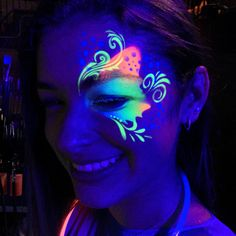 Face painting examples are very useful in the art of face painting. One of the greatest things about face painting examples, is that there are many reference Balloon Painting, Neon Painting, Uv Makeup, Dark Makeup, Glow Face Paint, Body Paint, Black Light Tattoo, Adult Face Painting, Uv Tattoo
