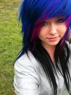 Srsly give Mw your hair. Epic Hair, Awesome Hair, Emo Scene Hair, Alternative Hair, Bright Hair, Dye My Hair, Grunge Hair, Purple Hair, Deep Purple