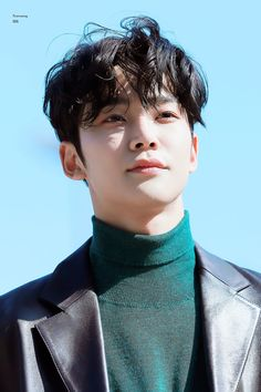 #Rowoon ~ #SF9 Actors Male, Korean Actors, Male Pose Reference, Sf 9, Jung Hyun, Kdrama Actors, How Big Is Baby, Flower Boys, Kpop Aesthetic