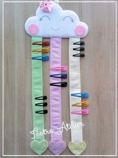 Porta Laços e Tic-Tac – Nuvem Chuva de Amor Bow Ties and Tic-Tac – Love Rain Cloud Kids Crafts, Diy Crafts Hacks, Diy Home Crafts, Diy Arts And Crafts, Baby Crafts, Felt Crafts, Sewing Crafts, Sewing Projects, Craft Projects