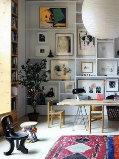 Home styling can fuel your feng shui intentions and help you to create intimate spaces. Home style links your personality to your interior design. My Living Room, Home And Living, Living Spaces, Living Walls, Modern Living, Piece A Vivre, Home Fashion, Nail Fashion, Interior Inspiration