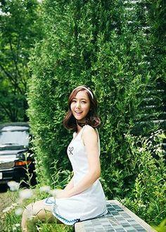 Gfriend Lol, Gfriend Album, G Friend, Album Bts, Photo Cards, White Dress, Photoshoot, Photo Shoot, Photography
