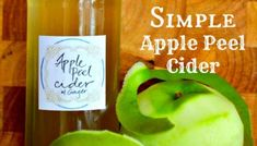 Got Apple Peels? Make a Simple Apple Peel Cider! Not really court on, but homemade apple cider hooch.looks interesting! Healthy Drinks, Yummy Drinks, Healthy Food, Making Hard Cider, Homemade Cider, Cider Press, Hard Apple Cider, Apple Pie, Probiotic Drinks