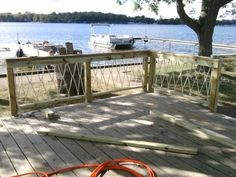 Well Designed Deck Railing Ideas for your Beautiful Porch and Patio! - Home Decor Ideas Deck Design Tool, Outdoor Projects, Outdoor Decor, Outdoor Ideas, Backyard Ideas, Outdoor Living, Deck Railings, Railing Ideas, Rope Railing