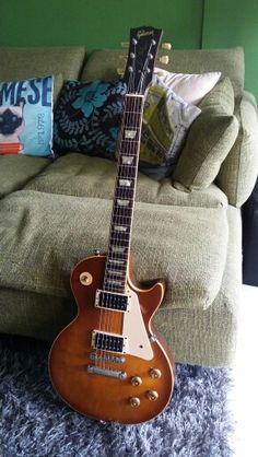 1997 Gibson Les Paul Classic with Seymour Duncan Slash Pickups