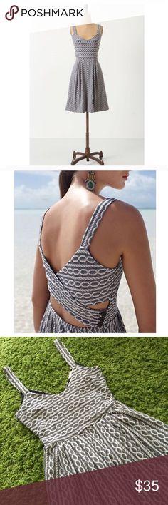 Anthropologie 9-H15 gray pattern open back dress Anthropologie 9-H15 gray pattern open back dress Anthropologie Dresses Midi