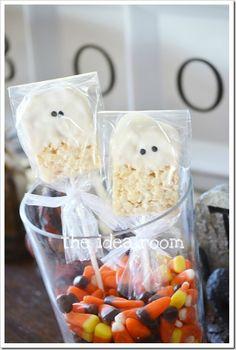 Clean & Scentsible: 20 Ghostly Halloween Ideas - Krispie treat ghosts