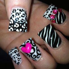 Nails by Lyndsay