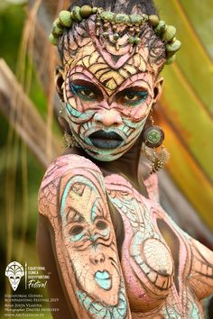 First Equatorial Guinea Bodypainting Festival Amazes The World With Spectacular Living Artworks - My list of the most beautiful artworks African Tribes, African Art, Best Portraits, Foto Art, Black Women Art, First Tattoo, African Beauty, Body Painting, Woman Painting