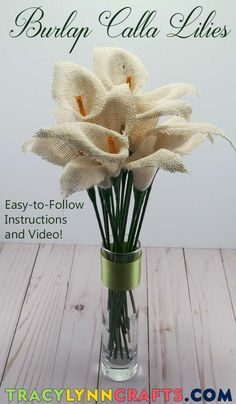 DIY Burlap Calla Lilies - Both easy and beautiful! Burlap Flowers, Diy Flowers, Fabric Flowers, Paper Flowers, Spring Flowers, Calla Lillies, Calla Lily, Burlap Crafts, Fabric Crafts