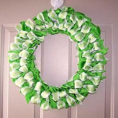 St. Patricks Day ribbon-wreath-tutorial