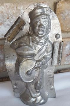 Vintage METAL CHOCOLATE MOLD Black Americana Musician Drummer Jazz Parade Band