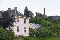 The statue of Fridtjof in Vangsnes, Norway.
