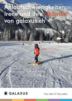 Anlaufschwierigkeiten: Irene und ihre Skibrille von Galaxus #GalaxusLive #Werbung #Anzeige #Plakat #Inserat #Kinder #Skifahren #Galaxus Irene, Live, Outdoor, Advertising Campaign, Ski, Advertising, Poster, Kids, Outdoors
