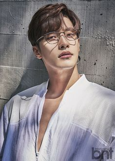"""Sung Hoon, star of the latest OCN drama hit """"My Secret Romance"""", took a picture . - Sung Hoon, star of the recent OCN drama hit """"My Secret Romance"""", recently took a picture for BNT Ma - Handsome Asian Men, Handsome Korean Actors, Asian Celebrities, Asian Actors, Sung Hoon My Secret Romance, Support Photo, Asian Men Hairstyle, Kdrama Actors, Christian Grey"""
